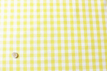 黄色のギンガムチェックの布